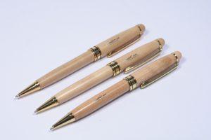 But-Go-01-1-300x200 Các loại bút bi làm quà tặng quảng cáo hiệu quả