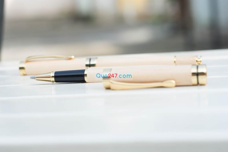 But-Go-05-9 Bút gỗ 05 - bút gỗ nắp bật mực nước
