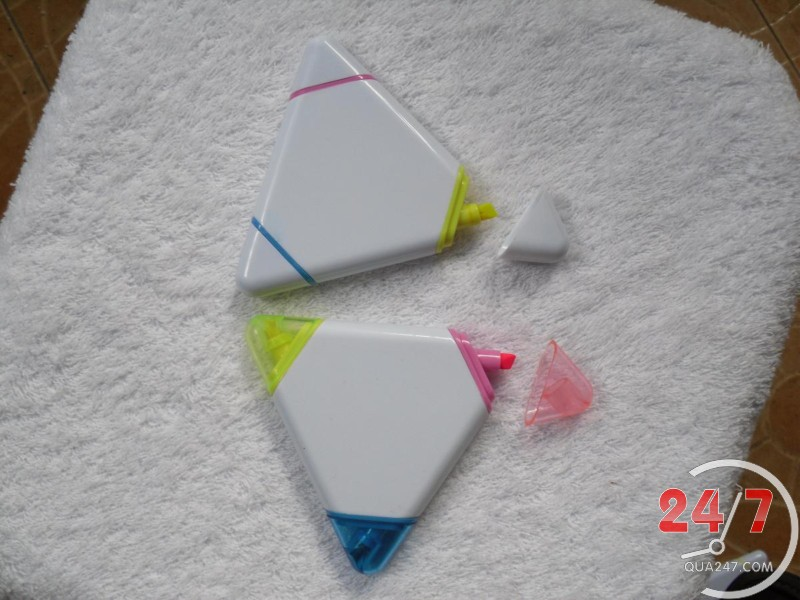 But-da-quang-1 Bút dạ quang 03