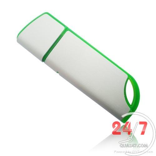 USB-15 USB 15 - quà tặng usb vỏ nhựa
