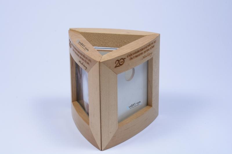 Ong-but-go-06-12 Ống bút gỗ khung hình 06