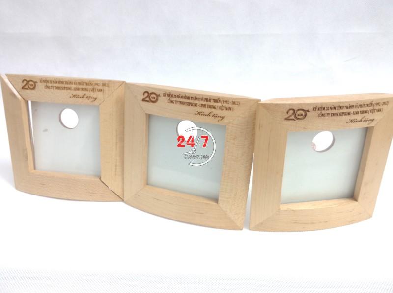 Ong-but-go-06-5 Ống bút gỗ khung hình 06