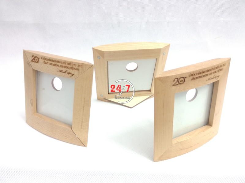 Ong-but-go-06-7 Ống bút gỗ khung hình 06