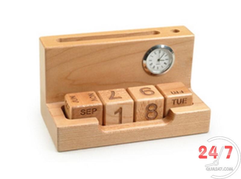 Qua-go-de-ban-04a Lịch gỗ để bàn 04