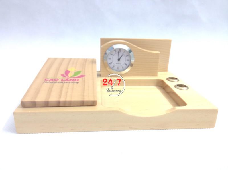 Qua-go-de-ban-15-4 Quà gỗ để bàn 15