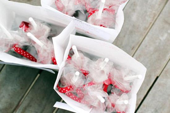 lam-qua-tang-giang-sinh-4 Làm quà tặng Giáng sinh bằng socola que