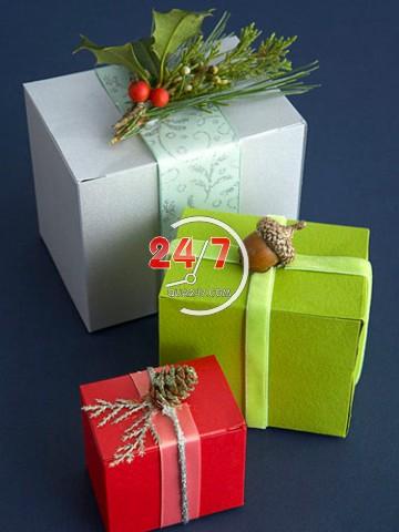 tu-trang-tri-goi-qua-noel-3 Cách làm hộp quà tặng handmade đẹp