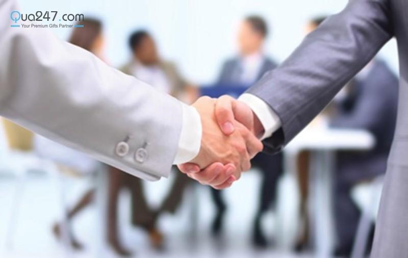 qua-tang-doanh-nghiep-hcm-09 Tư vấn lựa chọn quà tặng doanh nghiệp HCM