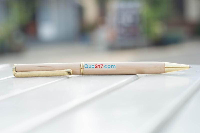 Bút gỗ quà 247