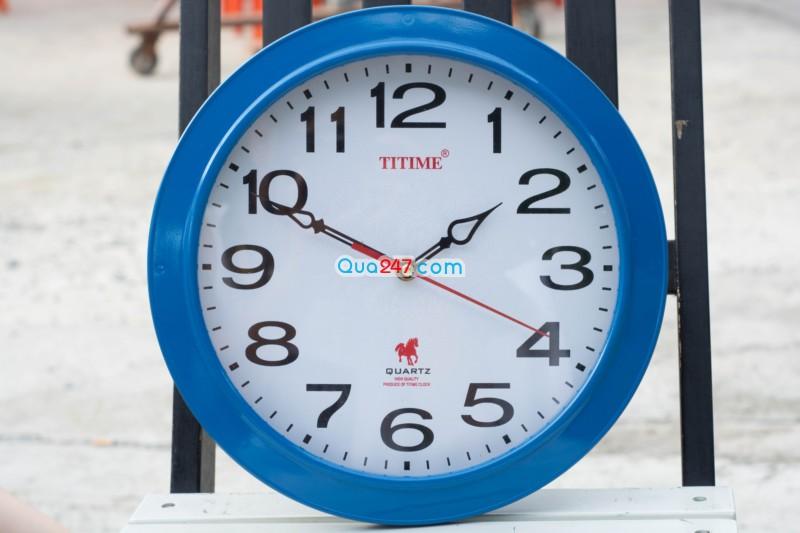 Đồng hồ treo tường 11 với kích thước 30cm