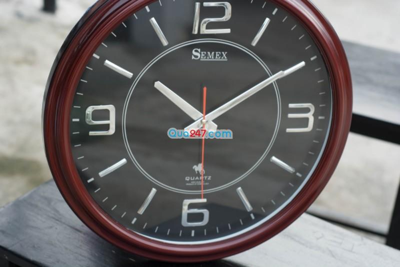 Dong-Ho-18-4 Đồng hồ treo tường 18
