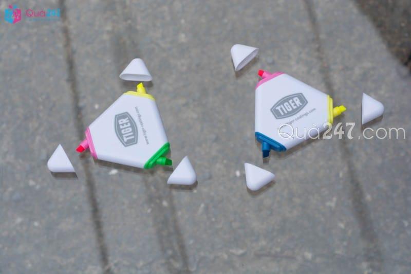 But-Da-Quang-03-11 Bút dạ quang 03