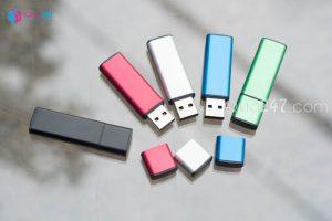 USB-06-8-300x200 Những sản phẩm quà tặng làm marketing hiệu quả đầu năm 2020