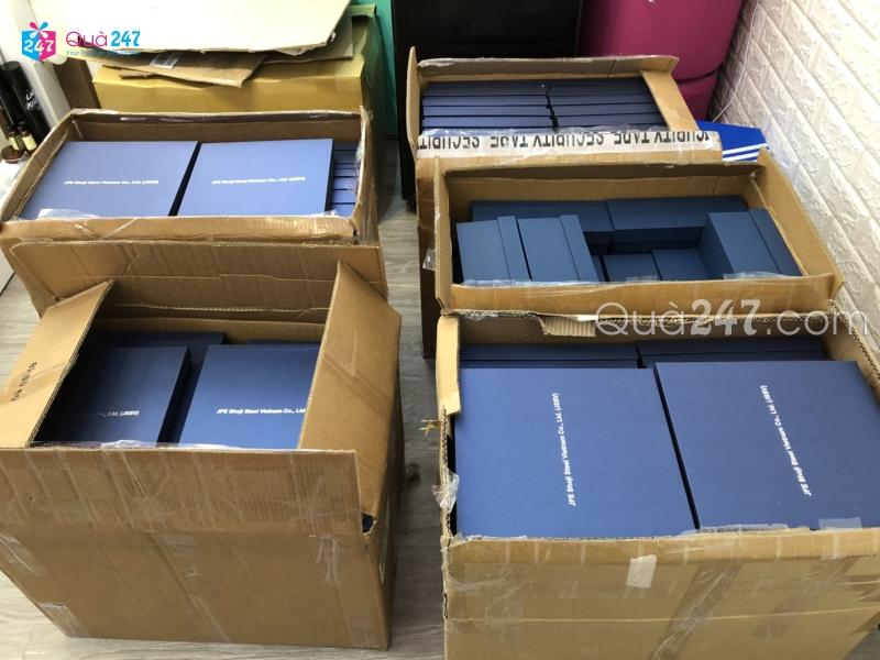 z1235317273701_bcdc6d3ac3fa95f80b83c5c43806cd39 Xưởng sản xuất sổ tay quảng cáo in ấn logo